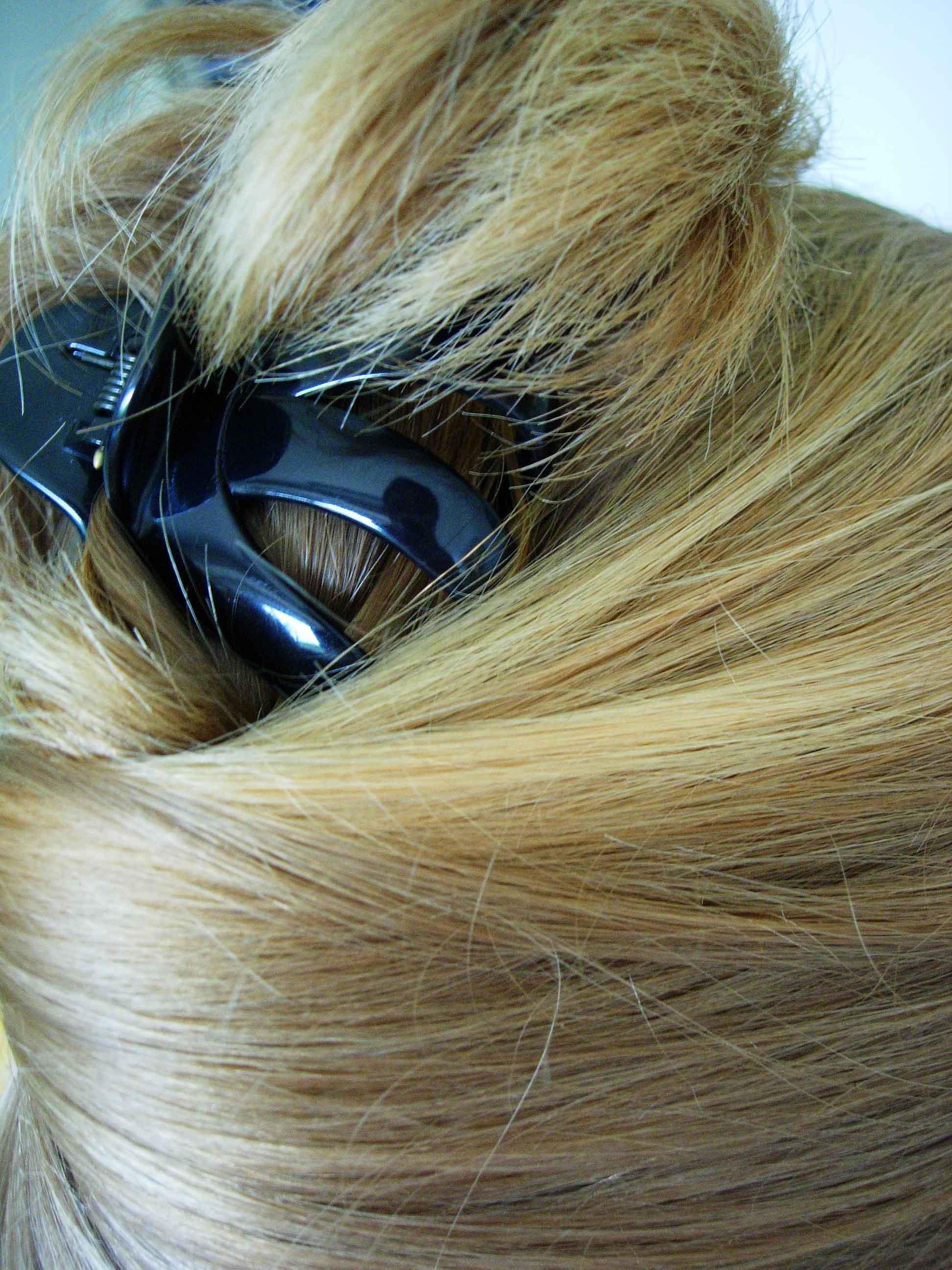 Das Kastoröl für das Haar, wie aufzutragen